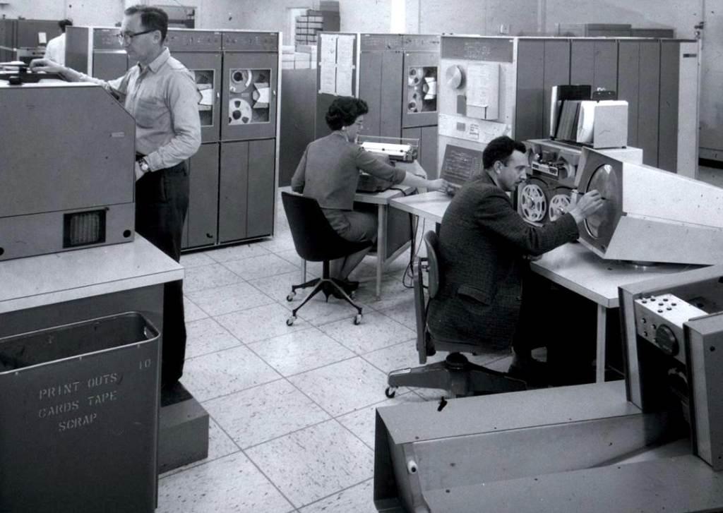 De eerste tekstverwerkende computer